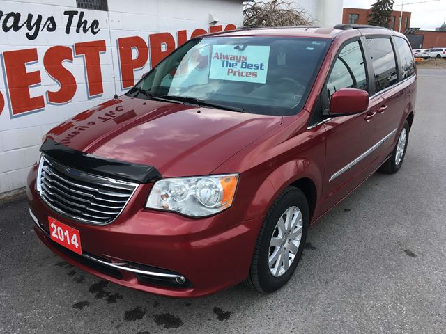 2014 CHRYSLER TOWN AND COUNTRY Touring STO N GO, BACK UP CAMERA, REAR A/C in Oshawa, Ontario