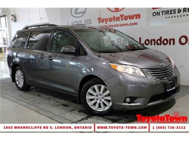 2014 TOYOTA SIENNA XLE 7 PASSENGER LEATHER DUAL POWER SLIDING DOORS in London, Ontario