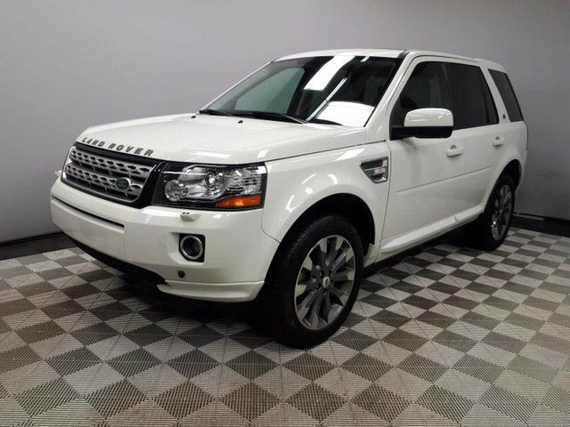 2014 LAND ROVER LR2 HSE - CPO 6yr/160000kms manufacturer warranty included until September 29, 2020! CPO rates starting at 1.9%! Local One Owner Trade In | No Accidents | 3M Protection Applied | Media Screen | Back Up Camera | Parking Sensors | HID Headlamps | Heated Wi in Edmonton, Alberta
