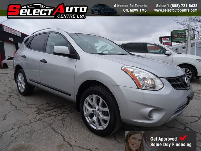 2013 NISSAN ROGUE SL*NAVIGATION*LEATHER*SUNROOF* in Toronto, Ontario