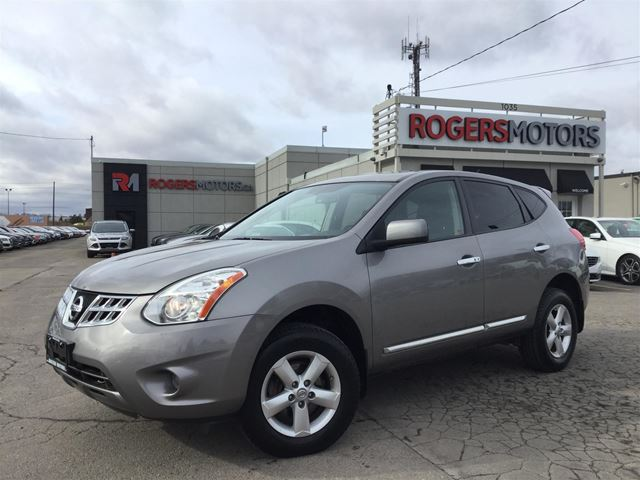 2013 NISSAN ROGUE - SUNROOF - BLUETOOTH - SPECIAL EDITION in Oakville, Ontario