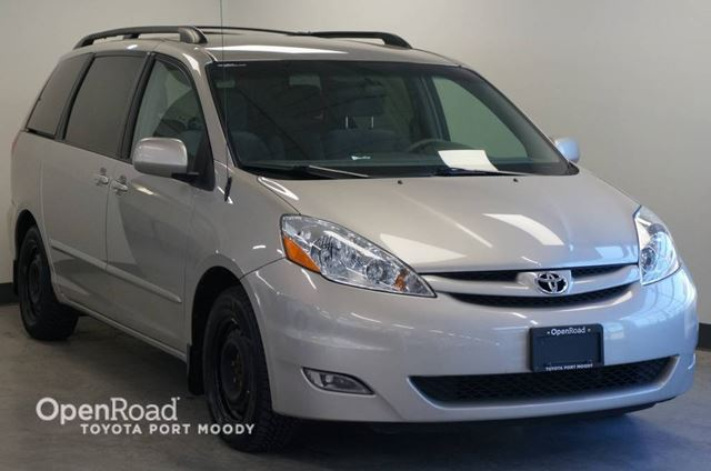 2008 Toyota Sienna LE  Local Vehicle in Port Moody, British Columbia
