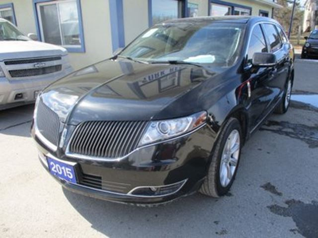 2015 Lincoln MKT LOADED AWD 7 PASSENGER 3.5L - ECO-BOOST.. BENCH in Bradford, Ontario
