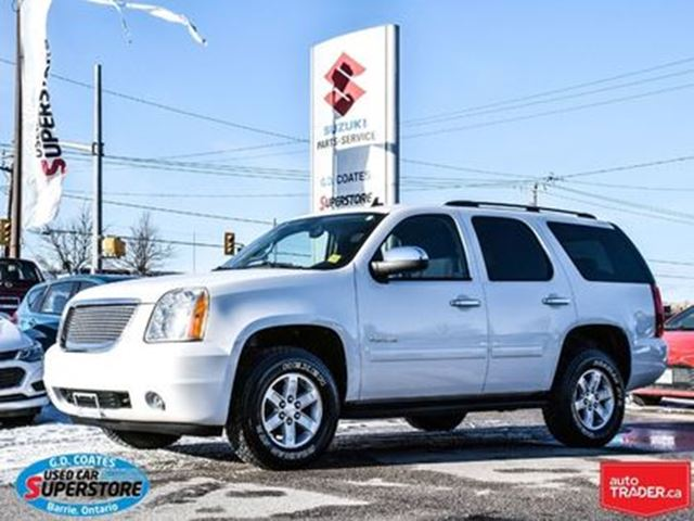 2014 GMC YUKON SLE ~9 Passenger ~Exceptionally Clean in Barrie, Ontario
