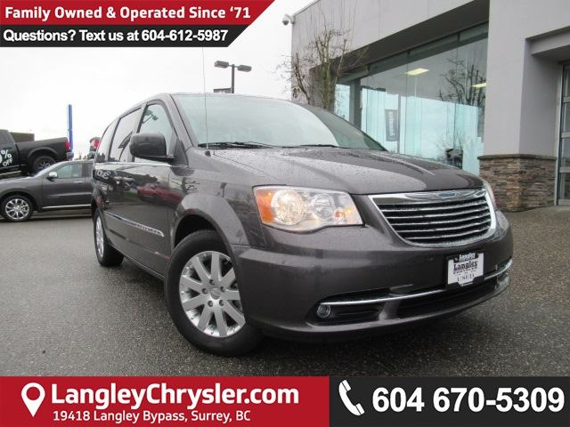 2015 CHRYSLER TOWN AND COUNTRY Touring in Surrey, British Columbia
