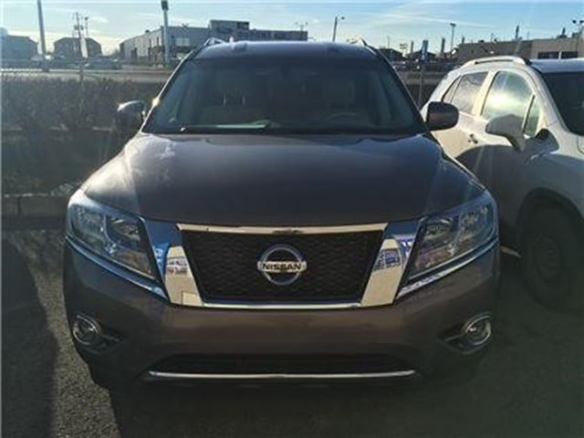 2014 Nissan Pathfinder Platinum in Saint-jean-sur-richelieu, Quebec