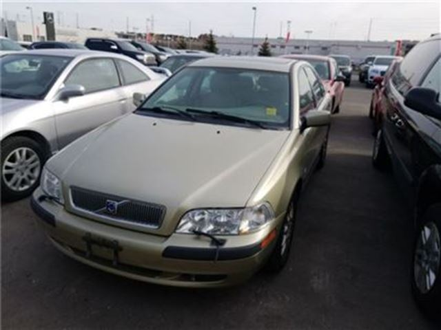 2002 VOLVO S40 A   Automatic in Whitby, Ontario
