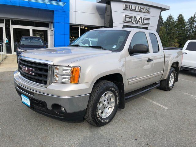 2009 GMC SIERRA 1500 SLE in Victoria, British Columbia