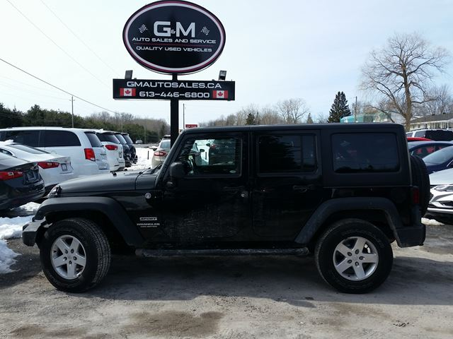 2013 JEEP WRANGLER Unlimited Sport in Rockland, Ontario