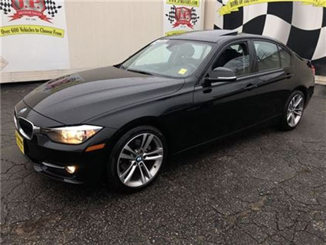 2014 BMW 3 SERIES 320i, Auto, Leather, Sunroof, Only 30, 000km in Burlington, Ontario