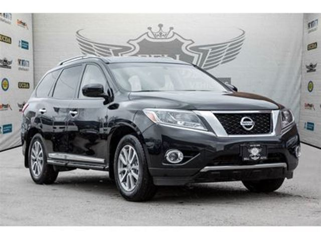 2015 NISSAN PATHFINDER SL NAVIGATION BACK UP CAM POWER LIFT GATES in Toronto, Ontario