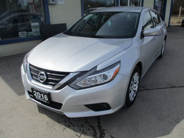 2016 NISSAN ALTIMA FUEL EFFICIENT SV MODEL 5 PASSENGER 2.5L - DOHC in Bradford, Ontario