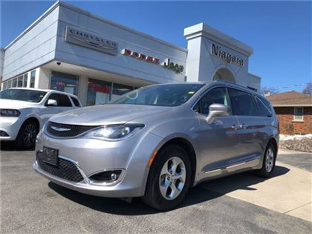 2017 CHRYSLER PACIFICA TOURING,LEATHER,NAV,ALLOYS,HTD SEATS, in Niagara Falls, Ontario