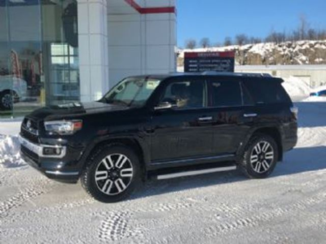2017 TOYOTA 4RUNNER Limited 4WD, 7 passengers in Mississauga, Ontario