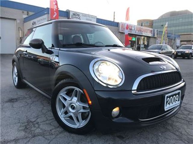 2009 MINI COOPER Accident Free_Leather_Sunroof in Oakville, Ontario