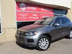 2013 Volkswagen Touareg GPS Navigation / Rear Back Up Camera / Heated Front Seats in Edmonton, Alberta