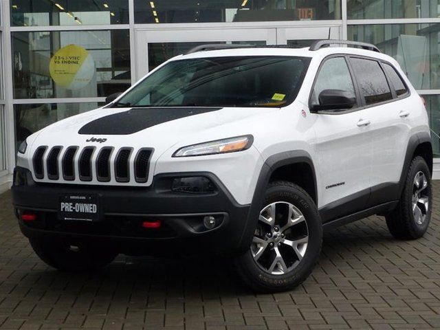 2016 JEEP CHEROKEE 4x4 Trailhawk in Vancouver, British Columbia