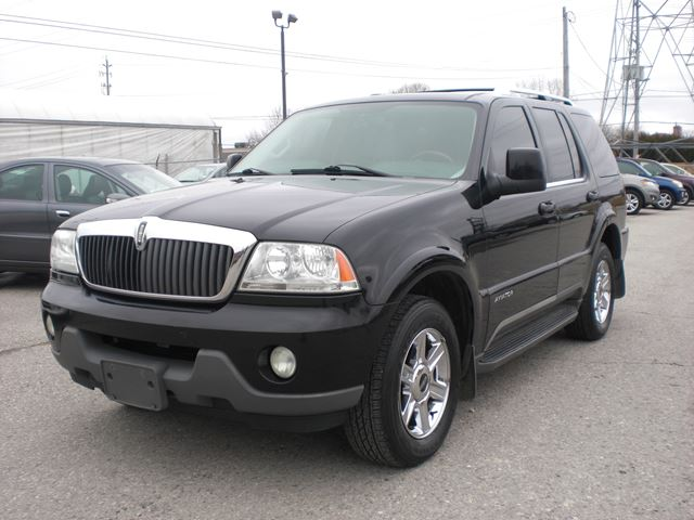 2004 LINCOLN AVIATOR Ultimate in London, Ontario