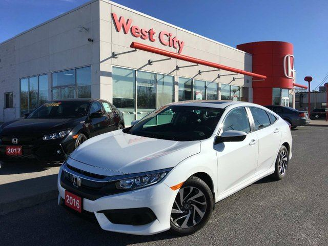 2016 HONDA CIVIC EX,SUNROOF,BLIND SPOT CAM! in Belleville, Ontario
