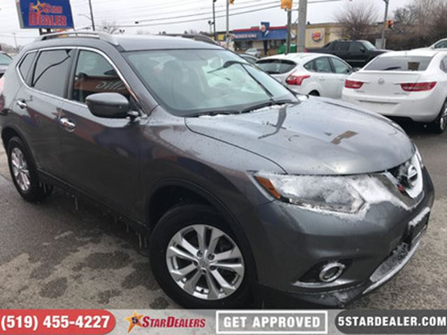 2016 NISSAN ROGUE SV   ONE OWNER   AWD   ROOF in London, Ontario