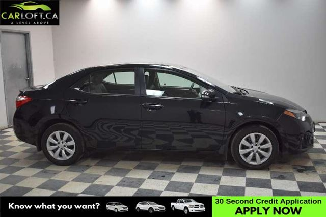 2014 TOYOTA COROLLA S - MANUAL * BACKUP CAM * A/C in Kingston, Ontario