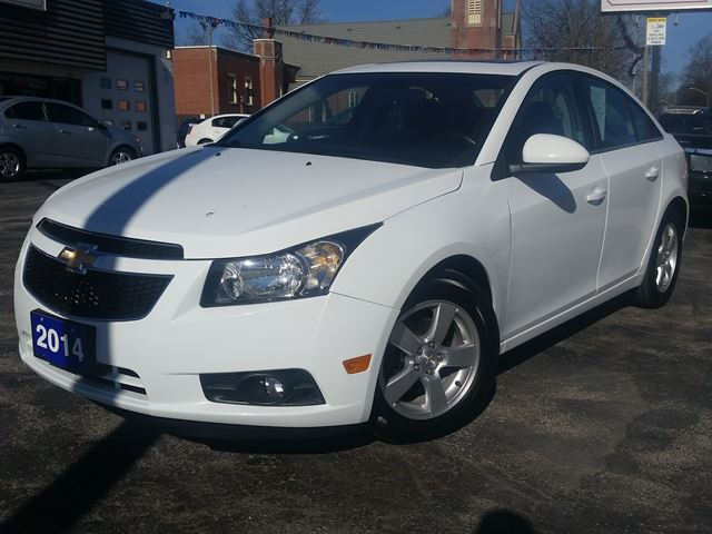 2014 Chevrolet Cruze 2LT,HEATED LEATHER,POWER SEAT,SUNROOF,REMOTE START,ALLOYS in Dunnville, Ontario