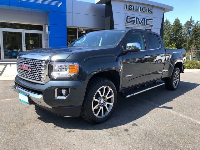 2017 GMC CANYON Denali in Victoria, British Columbia
