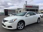2013 Nissan Altima 2.5S - 2 DR - LEATHER - SUNROOF in Oakville, Ontario