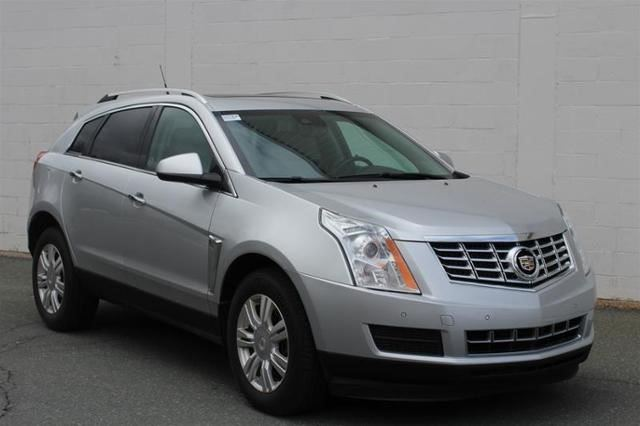 2014 CADILLAC SRX Luxury in St John's, Newfoundland And Labrador