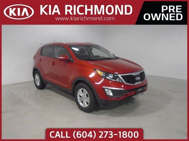 2013 KIA SPORTAGE LX FWD Excellent Condition Throughout Local BC in Richmond, British Columbia