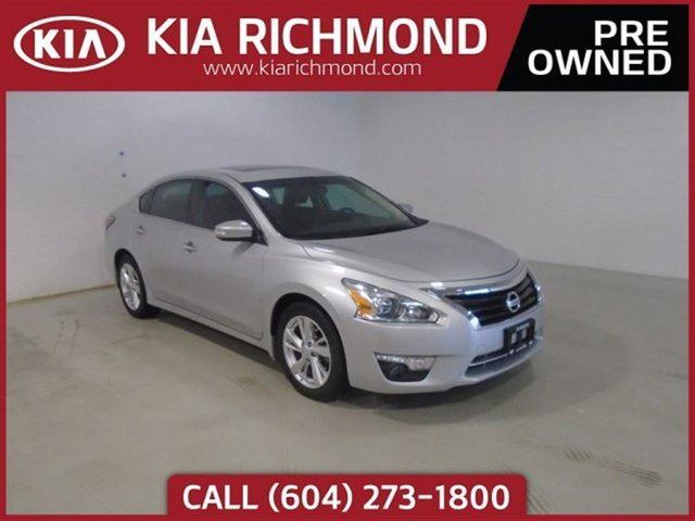 2014 NISSAN ALTIMA 2.5 One Owner Local BC Vehicle No Accidents in Richmond, British Columbia