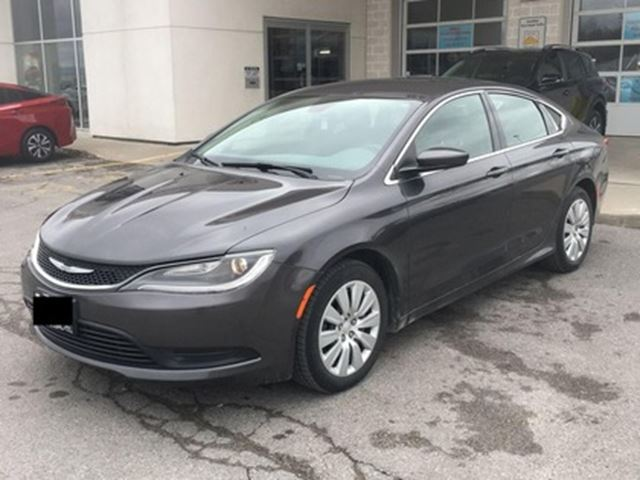 2015 CHRYSLER 200 LX   CAR LOANS FOR ALL CREDIT in London, Ontario
