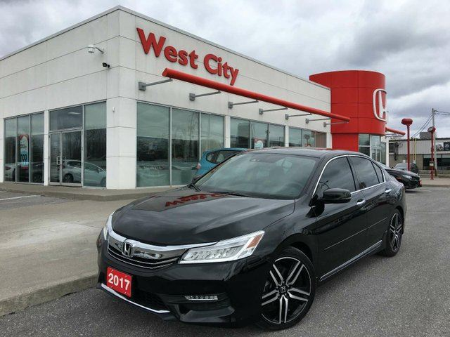2017 HONDA ACCORD TOURING,DEMO,V6,LEATHER! in Belleville, Ontario