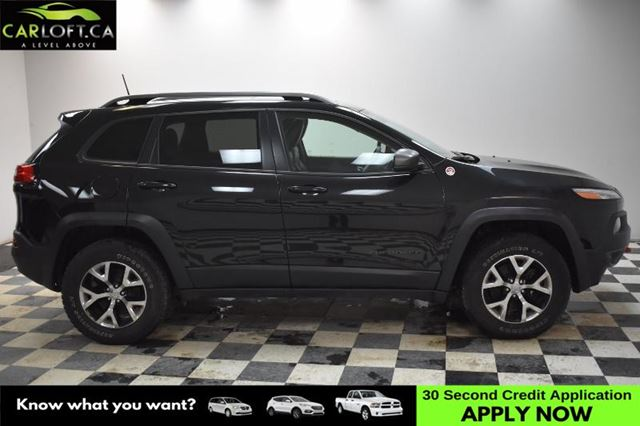 2016 JEEP CHEROKEE Trailhawk 4WD-UCONNECT * BACKUP CAM * LEATHER in Kingston, Ontario