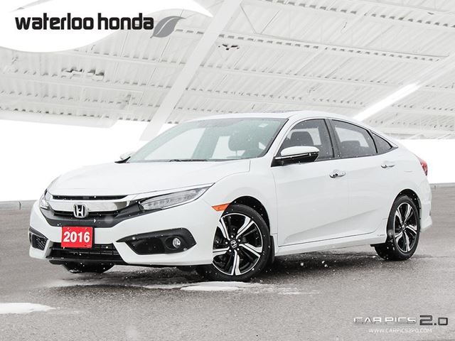 2016 HONDA CIVIC Touring Bluetooth, Back Up Camera, Navigation, and More! in Waterloo, Ontario