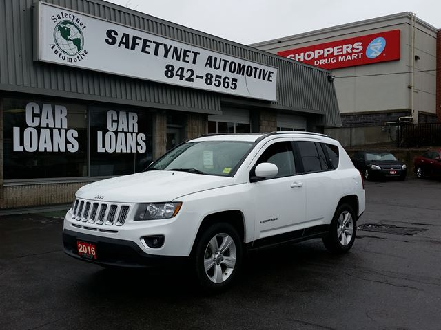 2016 JEEP COMPASS High Altitude 4X4 w/ Leather & Roof in Ottawa, Ontario