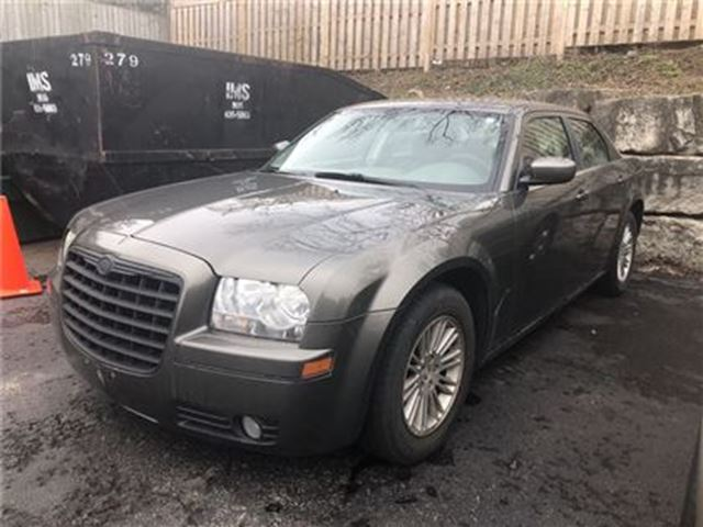 2008 CHRYSLER 300 Touring, SUNROOF, TOUCH SCREEN in Niagara Falls, Ontario