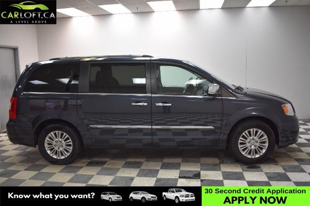 2014 CHRYSLER TOWN AND COUNTRY Limited- UCONNECT * LEATHER * NAV in Kingston, Ontario