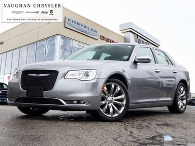 2016 CHRYSLER 300 300C * Panoramic Sunroof * Navigation in Woodbridge, Ontario