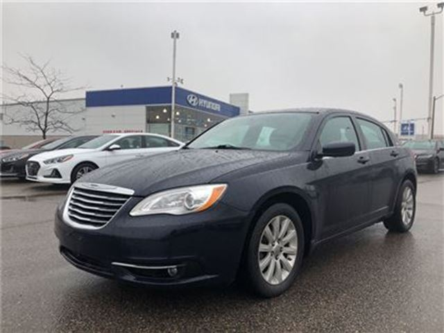 2014 CHRYSLER 200 Touring in Brampton, Ontario
