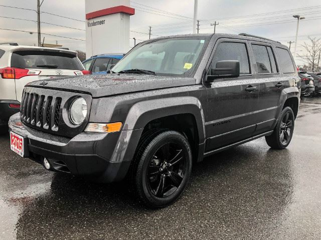 2015 JEEP PATRIOT Altitude ONLY 24,483 KILOMETERS! in Cobourg, Ontario