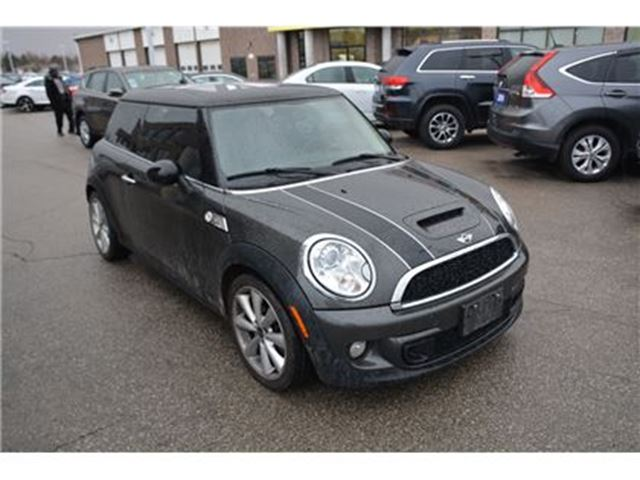 2011 MINI COOPER S/PANO ROOF/HEATED LEATHER SEATS/AUTO in Milton, Ontario