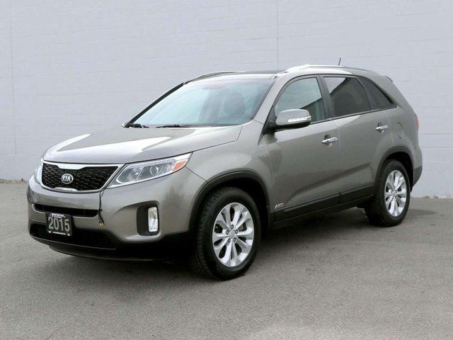 2015 KIA SORENTO EX in Kelowna, British Columbia
