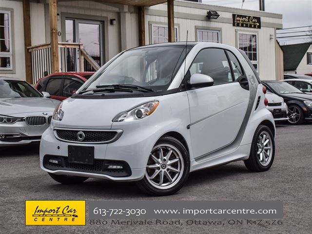2016 SMART FORTWO ELECTRIC DRIVE Passion HEATED SEATS, PANO ROOF, A/C in Ottawa, Ontario