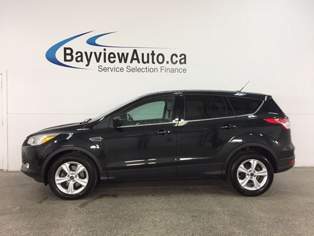 2014 FORD ESCAPE SE - 4WD! ECOBOOST! PANOROOF! HTD LEATHER! NAV! SYNC! in Belleville, Ontario