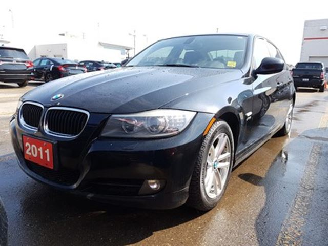 2011 BMW 3 SERIES 328 i i xDrive   Automatic with Steptronic in Whitby, Ontario