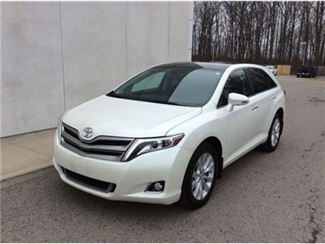 2013 TOYOTA VENZA Touring AWD in Welland, Ontario