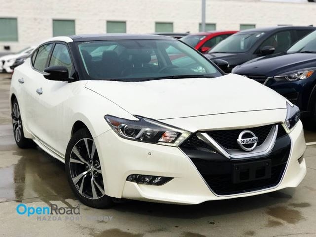 2016 NISSAN MAXIMA SL A/T Local Bluetooth USB AUX Navi Dual Sunroo in Port Moody, British Columbia