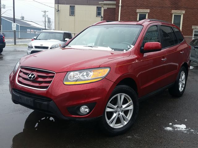 2010 HYUNDAI SANTA FE Limited AWD in Port Colborne, Ontario
