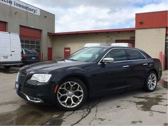 2017 CHRYSLER 300 C**PLATINUM**LEATHER**SUNROOF**NAVIGATION** in Mississauga, Ontario